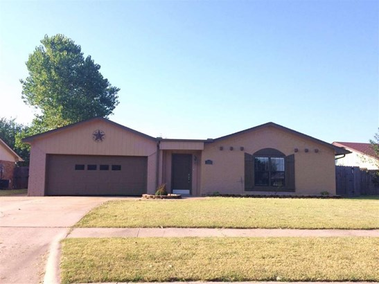 7220 Nw Hunter Rd, Lawton, OK - USA (photo 1)