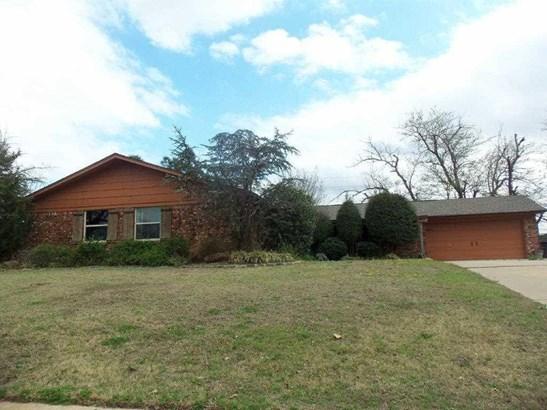 5104 Nw Ash Ave, Lawton, OK - USA (photo 1)