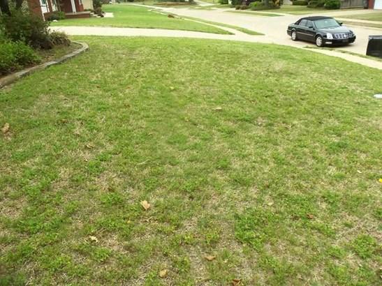 5104 Nw Ash Ave, Lawton, OK - USA (photo 2)