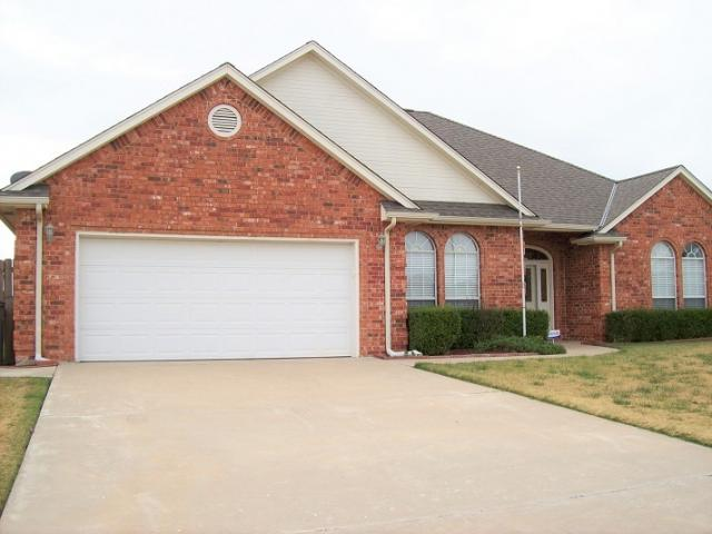 5314 Sw Ashbrook Ave, Lawton, OK - USA (photo 2)