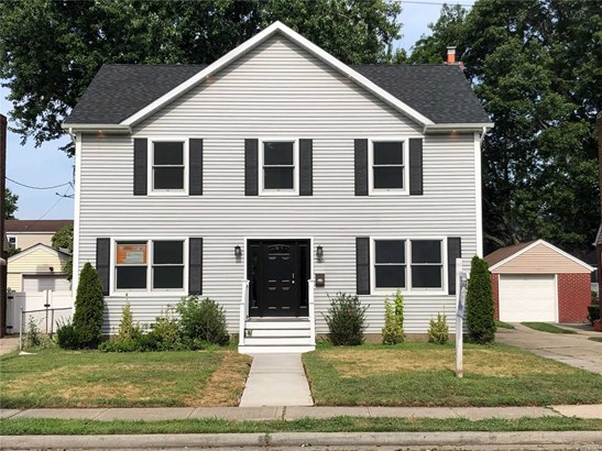 766 Harrison St, Lakeview, NY - USA (photo 1)