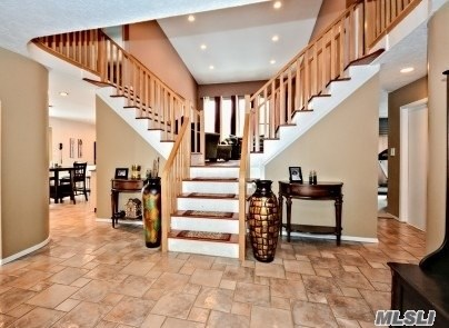 4 Ponderosa Ln, Nesconset, NY - USA (photo 2)