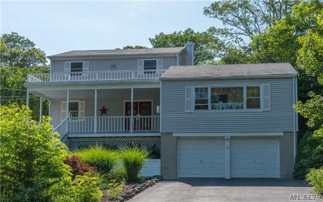 128 Hallock Landing Rd, Rocky Point, NY - USA (photo 1)