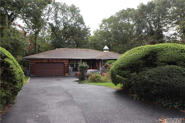18 Newport Dr, Plainview, NY - USA (photo 1)