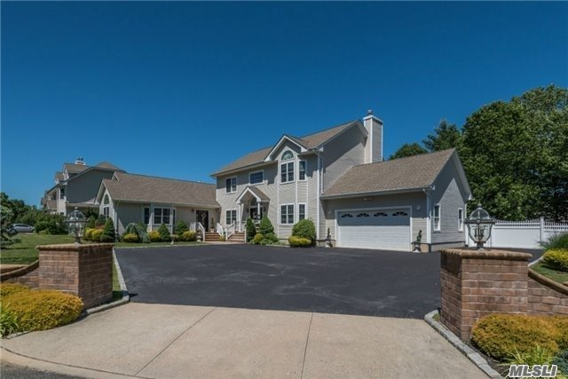 23 Nicola Ln, Nesconset, NY - USA (photo 2)