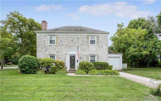 35 Westbury Rd, Garden City, NY - USA (photo 1)