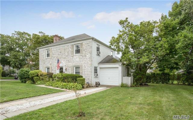 35 Westbury Rd, Garden City, NY - USA (photo 4)