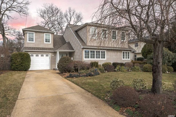 5 Linda Dr, Massapequa Park, NY - USA (photo 1)