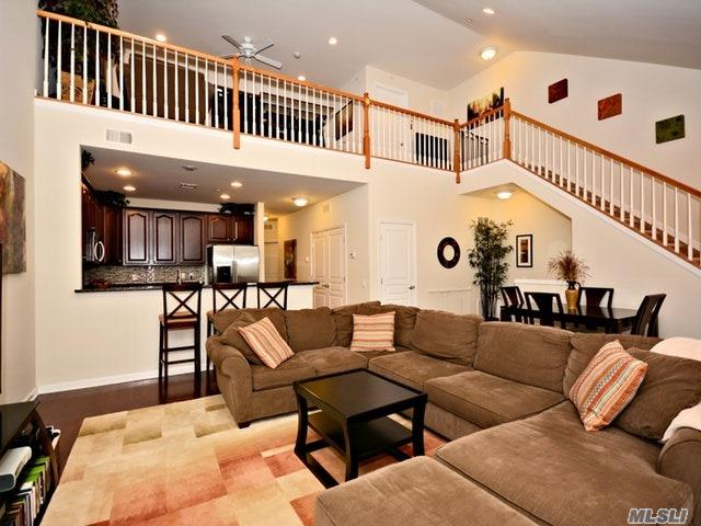 42 Wexford Ln, Oceanside, NY - USA (photo 4)
