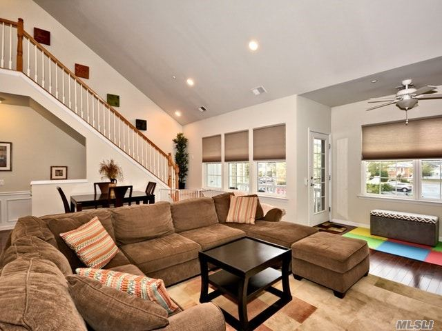 42 Wexford Ln, Oceanside, NY - USA (photo 5)