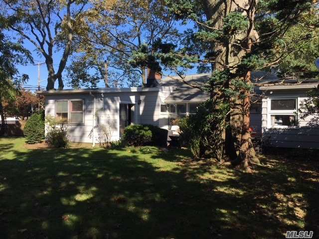 352 Foxhurst Rd, Oceanside, NY - USA (photo 2)