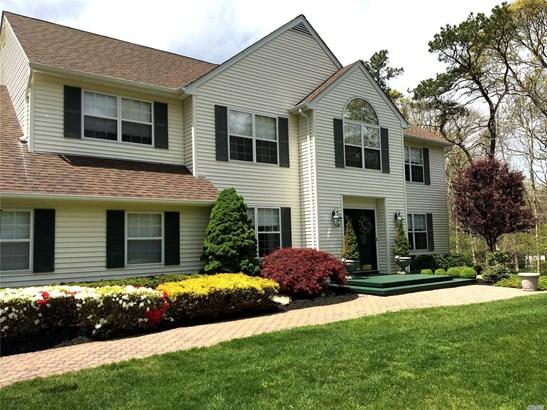 26 Manor Hills Dr, Manorville, NY - USA (photo 1)