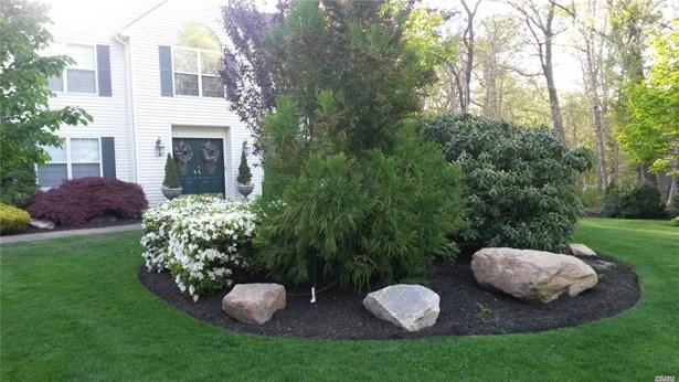 26 Manor Hills Dr, Manorville, NY - USA (photo 2)