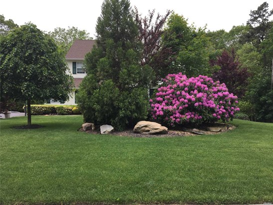 26 Manor Hills Dr, Manorville, NY - USA (photo 3)