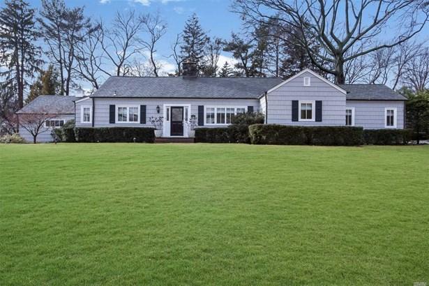 125 Country Club Dr, Port Washington, NY - USA (photo 1)