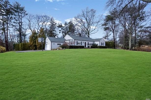 125 Country Club Dr, Port Washington, NY - USA (photo 2)