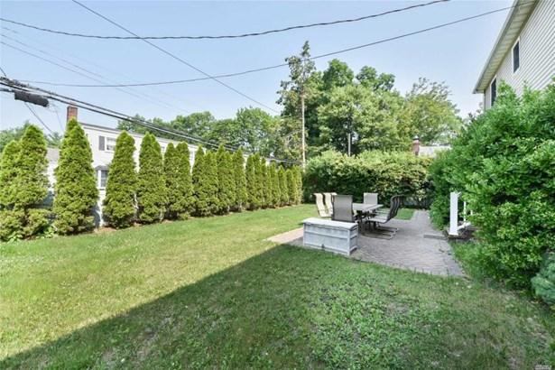 208 Meadbrook Rd, Garden City, NY - USA (photo 2)