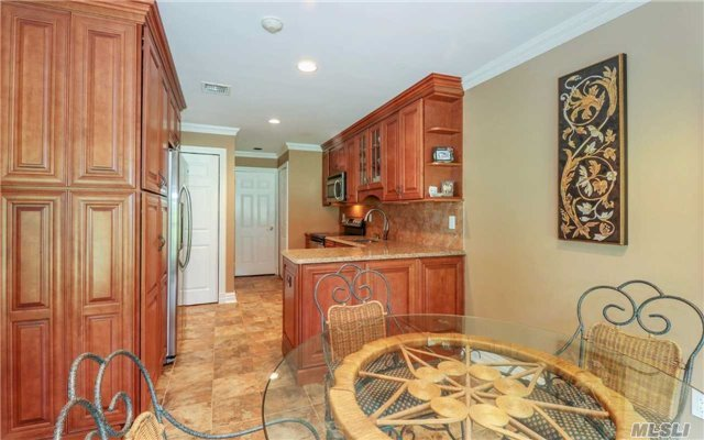 20 Lakeview Dr, Manorville, NY - USA (photo 5)