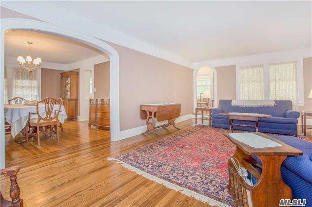 100 Stratford Rd, Lakeview, NY - USA (photo 5)