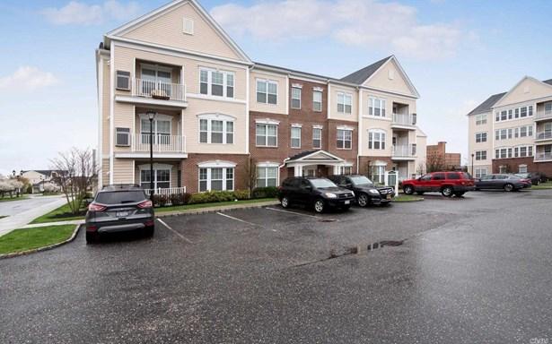 723 Kirkland Ct, Central Islip, NY - USA (photo 3)
