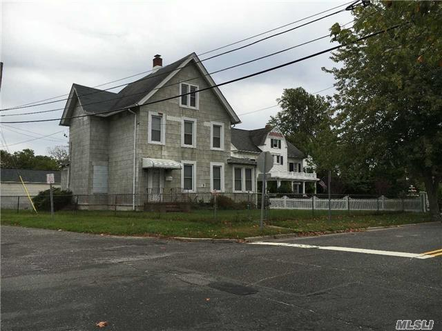 75 Greene Ave, Sayville, NY - USA (photo 3)