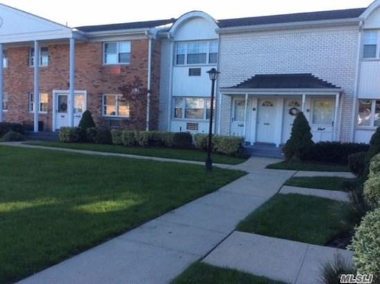 3212 Wilshire Ln, Oakdale, NY - USA (photo 1)