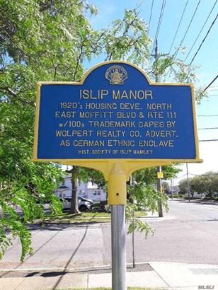 55 Hemlock St, Islip, NY - USA (photo 3)
