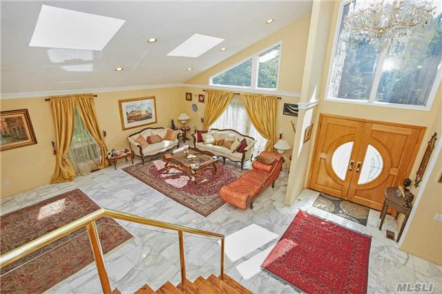 19 Aldgate Dr, Manhasset, NY - USA (photo 2)