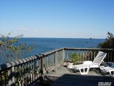 115 Shore Dr, Sound Beach, NY - USA (photo 2)