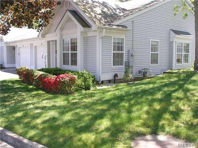 256 Glen Dr, Ridge, NY - USA (photo 2)