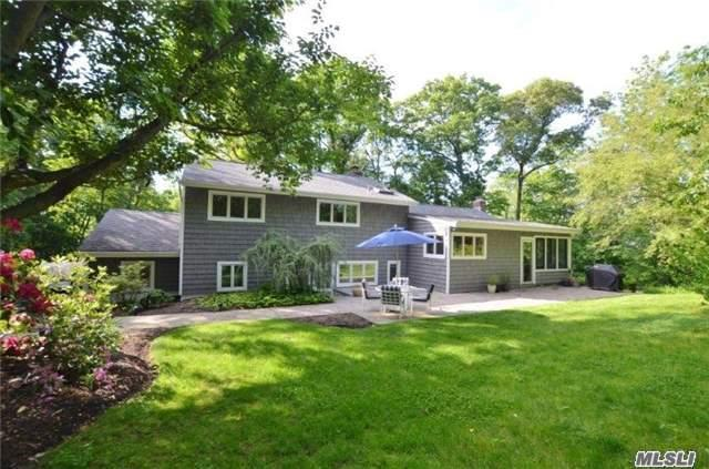 208 Little Neck Rd, Centerport, NY - USA (photo 1)