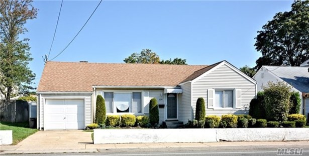 2941 Brower Ave, Oceanside, NY - USA (photo 1)