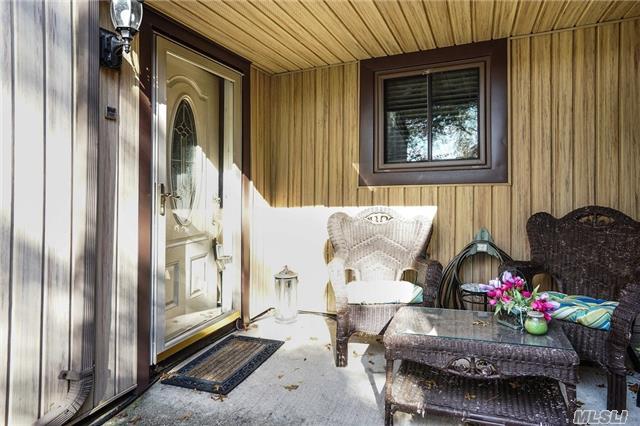 175 Strathmore Gate Dr, Stony Brook, NY - USA (photo 4)