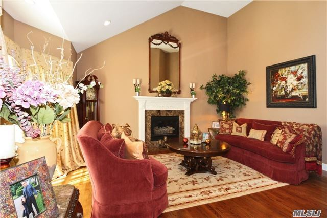 3 Nadia Ct, Smithtown, NY - USA (photo 5)