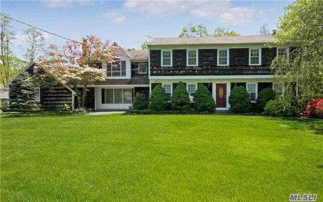 3 Locust Ct, Miller Place, NY - USA (photo 1)