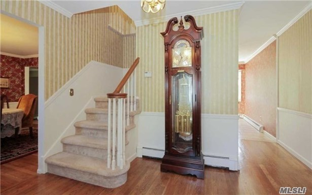3 Locust Ct, Miller Place, NY - USA (photo 2)
