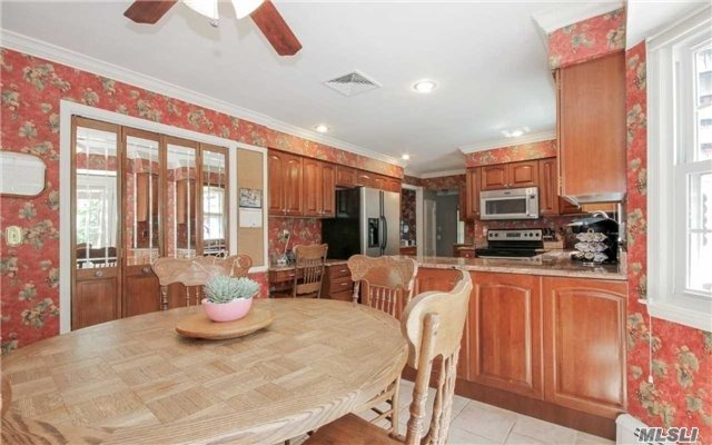3 Locust Ct, Miller Place, NY - USA (photo 5)