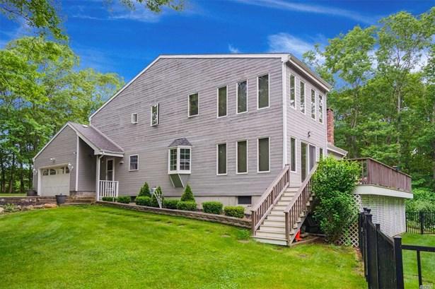 163 Silas Carter Rd, Manorville, NY - USA (photo 1)