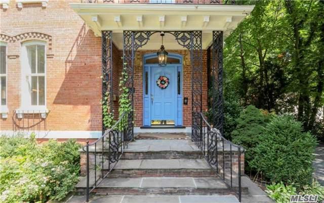 95 9th St, Garden City, NY - USA (photo 3)