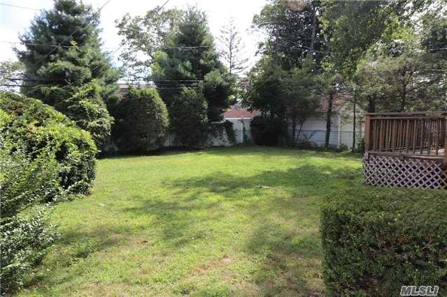 3884 Beechwood Pl, Seaford, NY - USA (photo 3)
