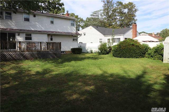3884 Beechwood Pl, Seaford, NY - USA (photo 4)