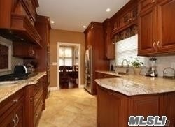 58 Willow Ridge Dr, Smithtown, NY - USA (photo 5)