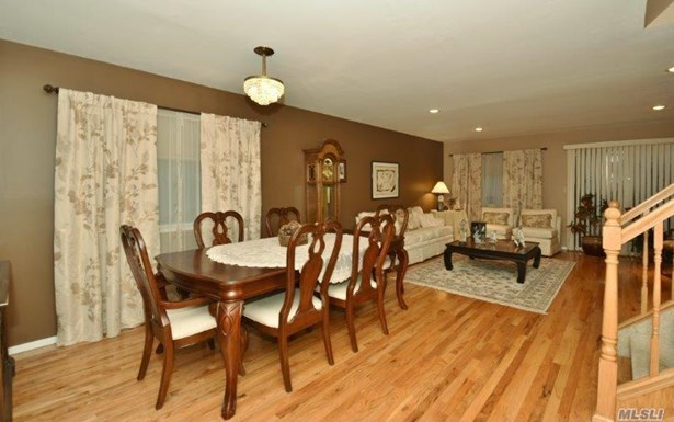 1790 Front St, East Meadow, NY - USA (photo 5)