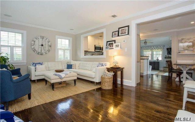 252 Fernwood Ter, Stewart Manor, NY - USA (photo 2)