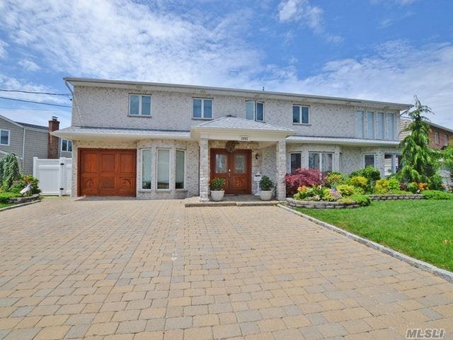 3992 Greentree Dr, Oceanside, NY - USA (photo 1)