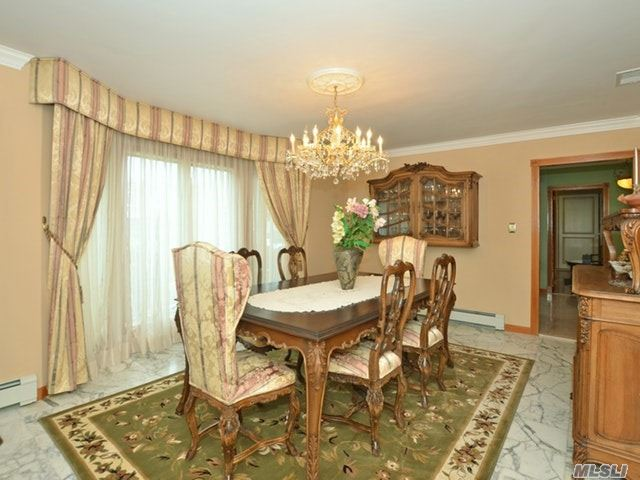 3992 Greentree Dr, Oceanside, NY - USA (photo 3)