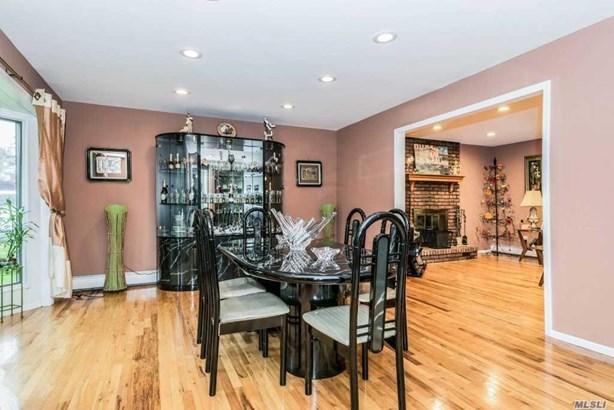 107 Hobson Ave, St. James, NY - USA (photo 2)