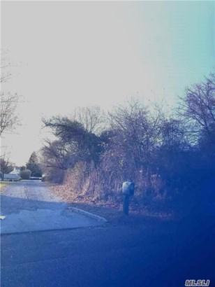 Merritts Path, Rocky Point, NY - USA (photo 3)