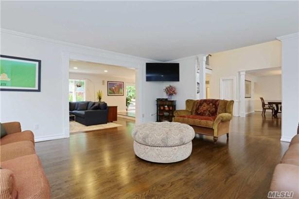 18 Oak Ln, Roslyn Heights, NY - USA (photo 5)