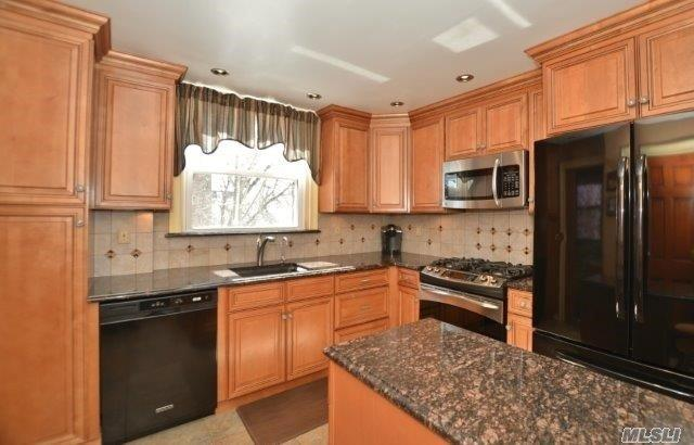 117-16 12th Ave, College Point, NY - USA (photo 1)
